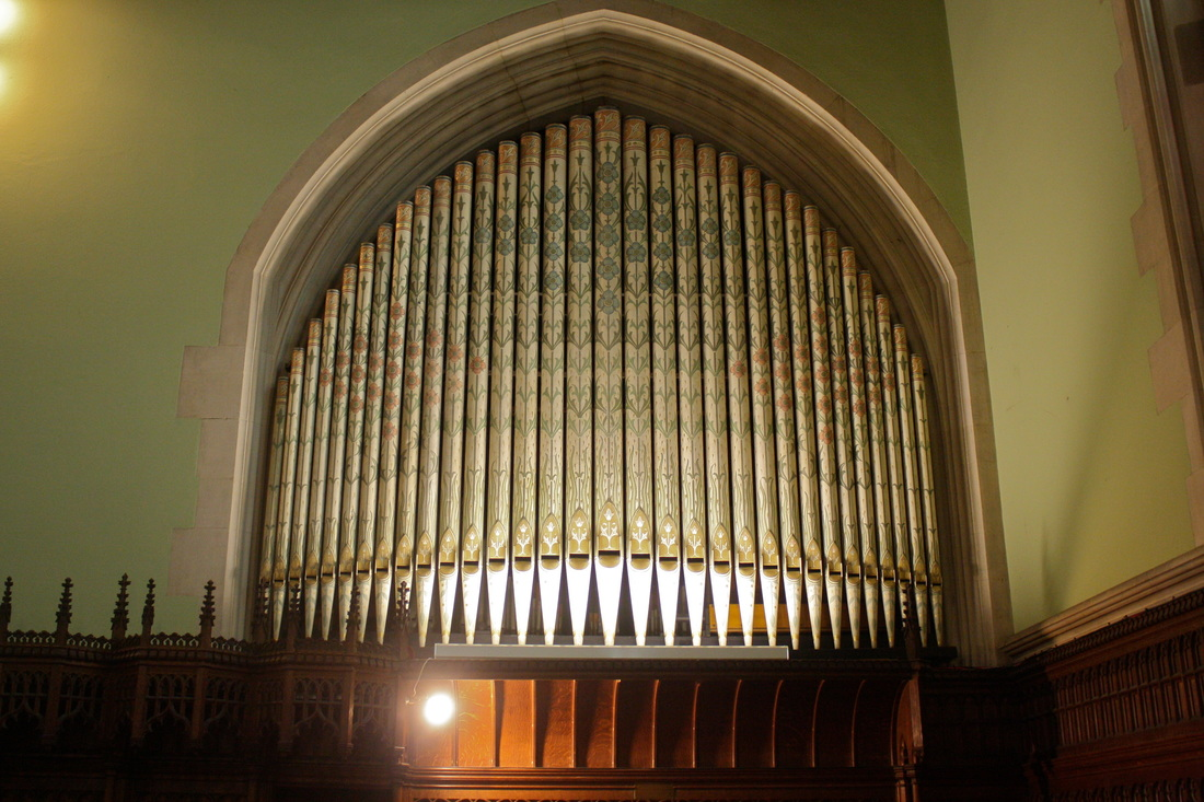 The organ of Harris Manchester College Chapel, Oxford